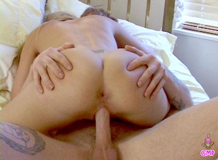 Round Teen Ass